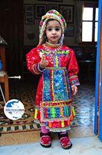 GriechenlandWeb.de Anna, de dochter van Marina Lentaki van Taverna Olympos auf Karpathos 1 - Foto GriechenlandWeb.de
