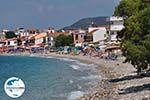 GriechenlandWeb.de Het kiezelstrand in Kokkari - Insel Samos - Foto GriechenlandWeb.de