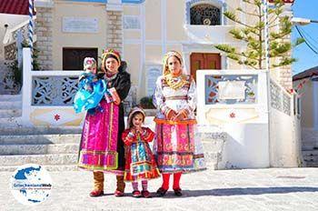 Traditionele klederdracht Olympos Karpathos   GriechenlandWeb.de foto 017 - Foto von GriechenlandWeb.de